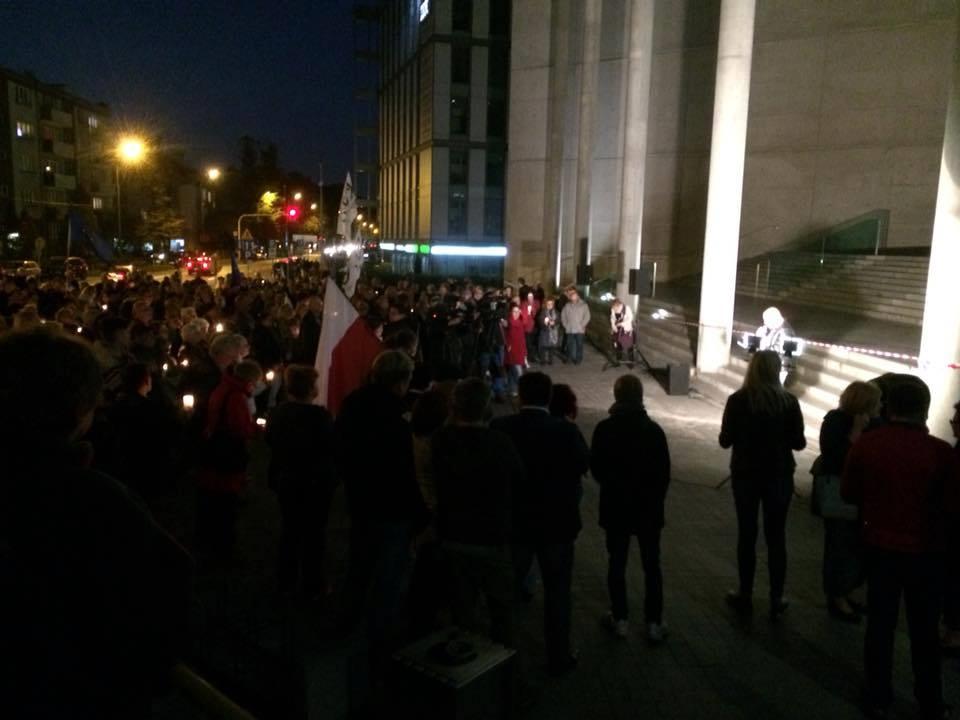 Manifestacja przed Sądem Okręgowym w Katowicach (1 października 2017)