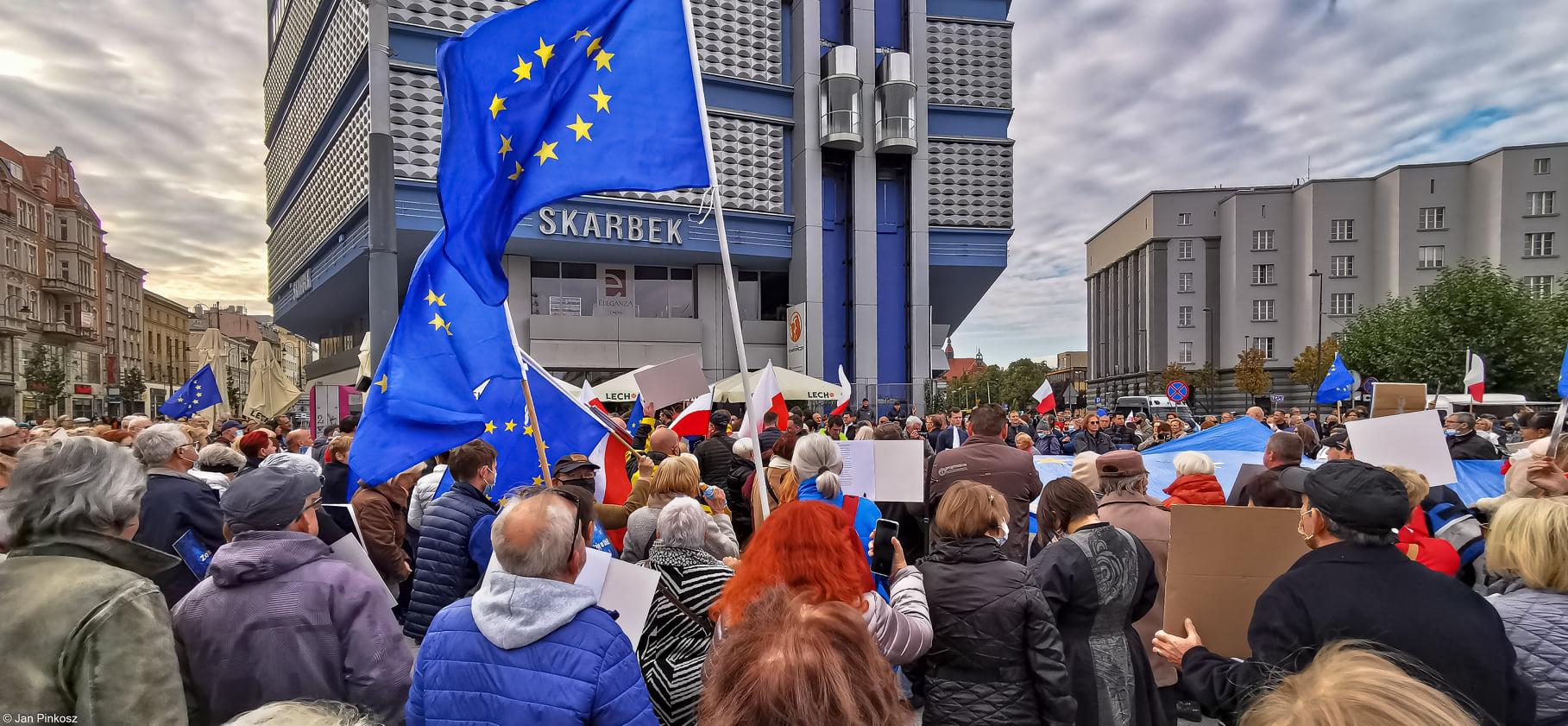 Śląsk i Zagłębie zostają w Europie